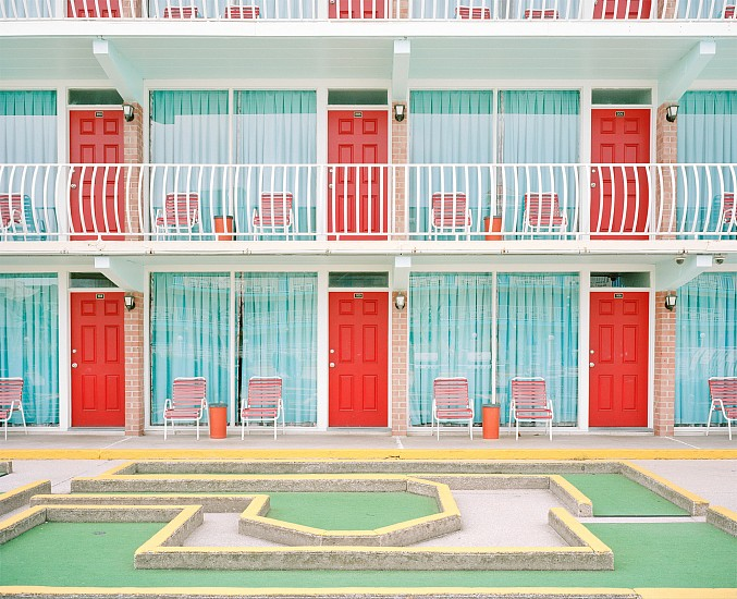 Tyler Haughey, Gold Crest Resort Motel 2016, archival pigment print