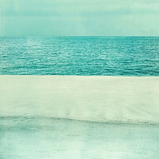 Thomas Hager, Beach, Water, Sky, 1/10 2017, archival pigment print